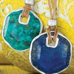 Double sided pendant turquoise/lapis lazuli